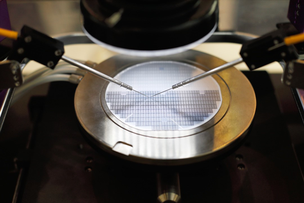 Silicon wafer probe testing
