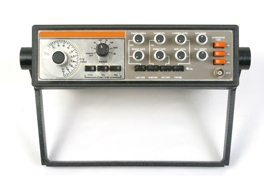 oscillator signal generator