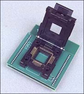 DS87001: Microcontroller Programming Adapter